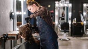 anunciar salões de beleza e barbearias no Google