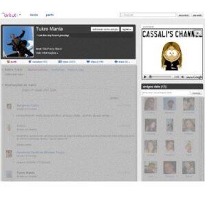 O Orkut começa a veicular anúncios em vídeo.